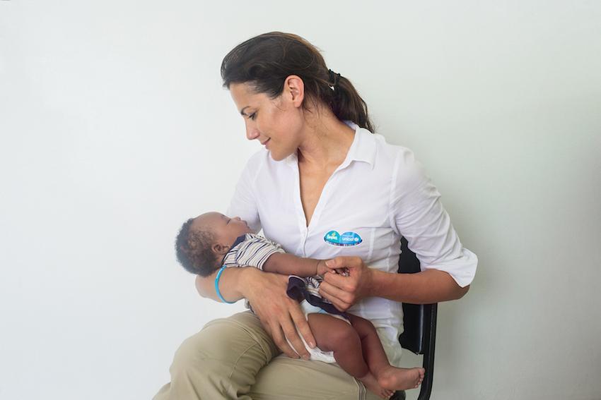 UNICEF, Hilfe, Dritte Welt, Kinderhilfe, Impfen, Impfdosis Tetanus, Unterstützung, Mamablog, Werbung