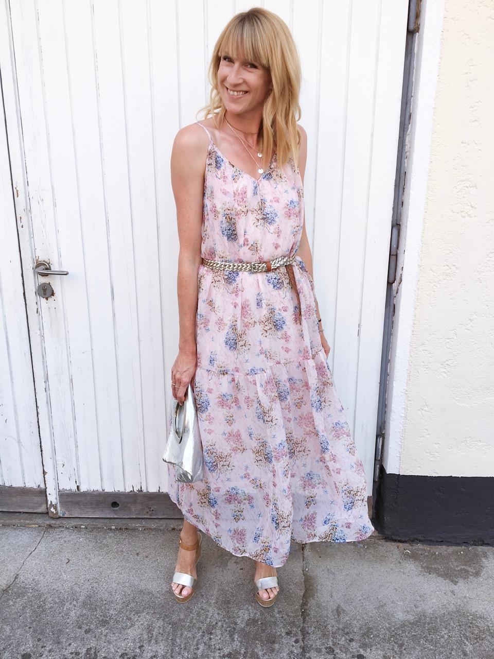 luftiges Sommerkleid für den besonderen Anlass